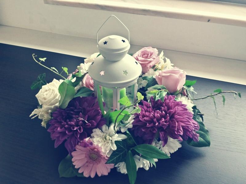 Aranjamentele florale transmit povestea ta